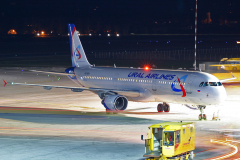 vq-bda-ural-airlines-airbus-a321-200_2