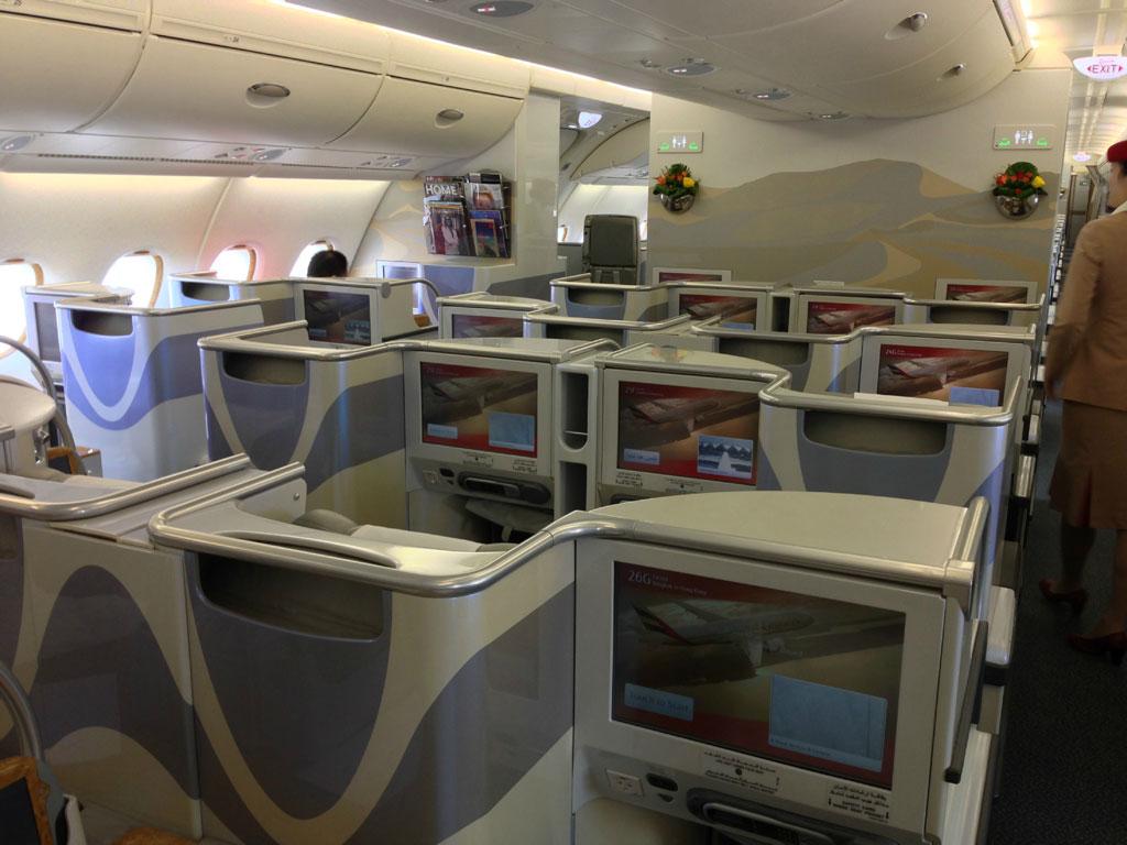 Airbus a380 800 схема салона лучшие места фото 202