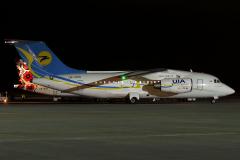 ur-ntd-ukraine-international-airlines-antonov-an-148_5-jpg