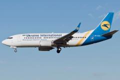 ur-gan-ukraine-international-airlines-boeing-737-300_4-jpg