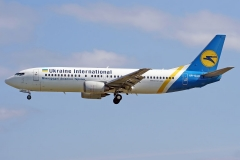 ur-gao-ukraine-international-airlines-boeing-737-400_3-jpg