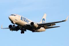 vq-bjq-utair-aviation-boeing-737-500
