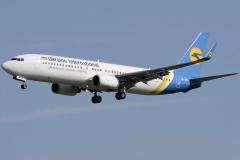 ur-psa-ukraine-international-airlines-boeing-737-800_2-jpg