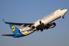ur-psc-ukraine-international-airlines-boeing-737-800_4-jpg