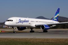 vq-bck-yakutia-airlines-boeing-757-200_3