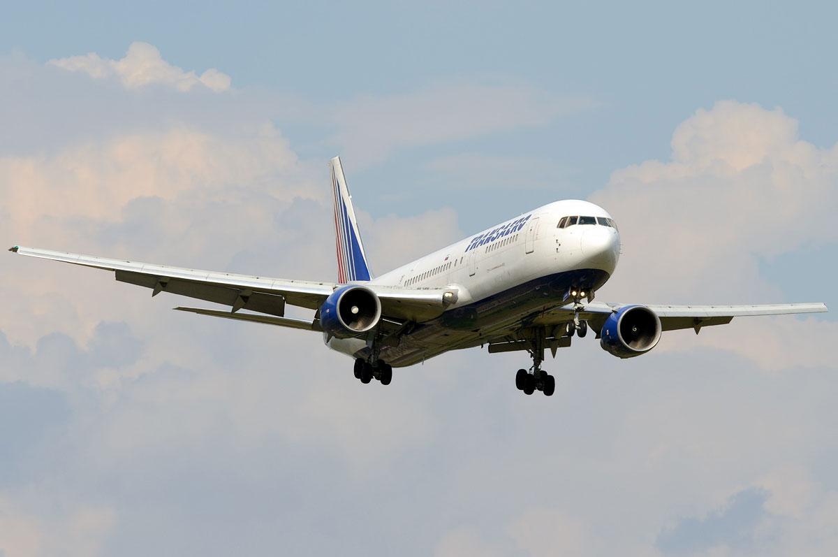 схема самолета боинг 763