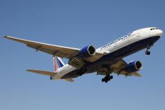 ei-uns-transaero-airlines-boeing-777-200_6