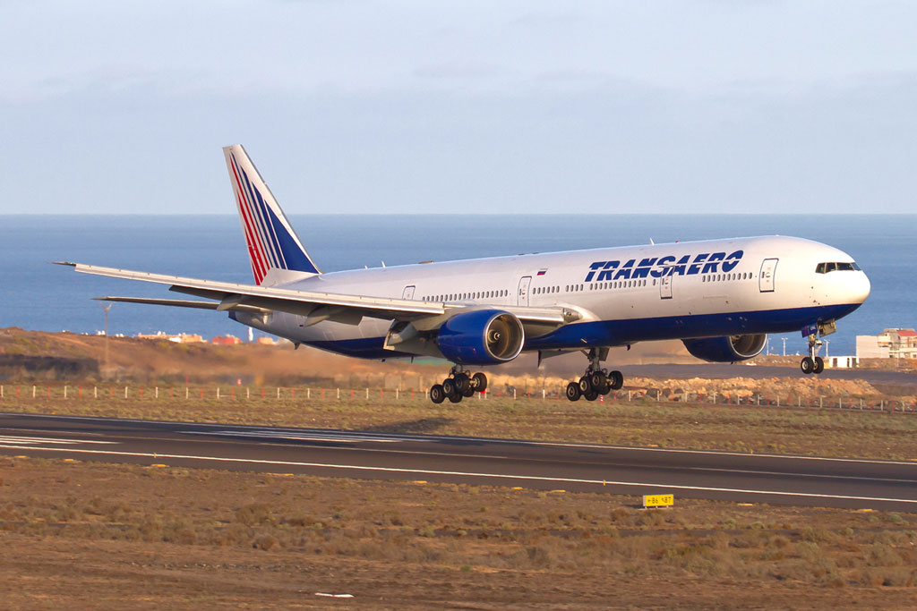 -airlines-boeing-777-300