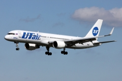 vq-bez-utair-aviation-boeing-757-200_2