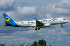 ur-emb-ukraine-international-airlines-embraer-erj-190_4-jpg