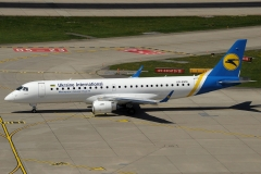 ur-emd-ukraine-international-airlines-embraer-erj-190-jpg