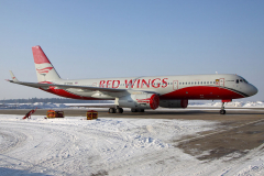 ra-64050-red-wings-tupolev-tu-204_9