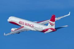 ra-64046-red-wings-tupolev-tu-204_1