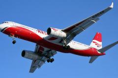 ra-64049-red-wings-tupolev-tu-204_5