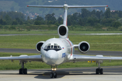 ra-85057-utair-aviation-tupolev-tu-154_28