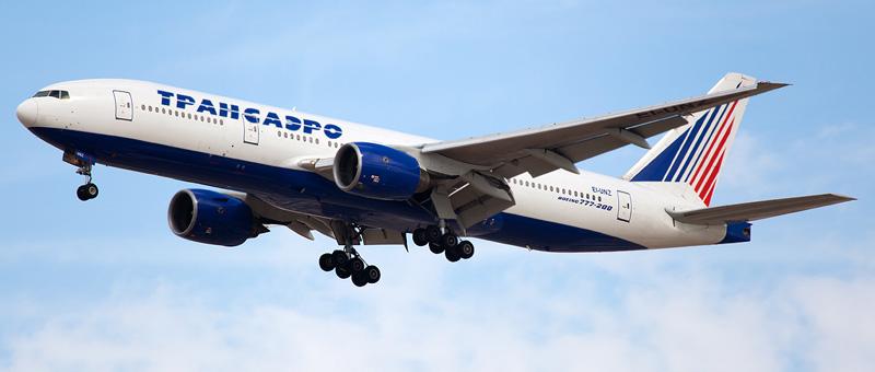 самолете Boeing 777-200 (3