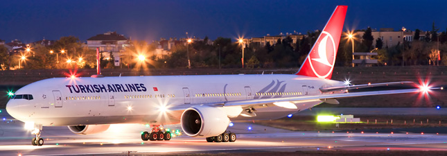 Boeing 777-300 Turkish Airlines