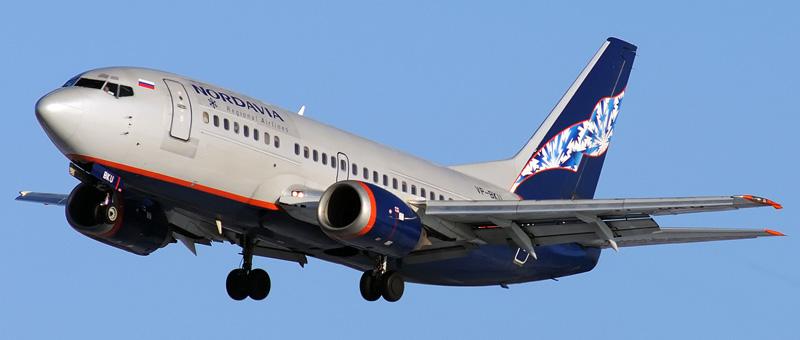 Boeing-737-505