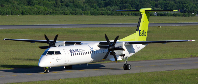 Air Baltic DHC-8-400 Dash 8