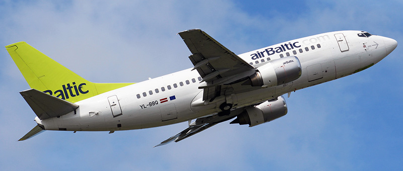 Boeing 737-500 Air Baltic
