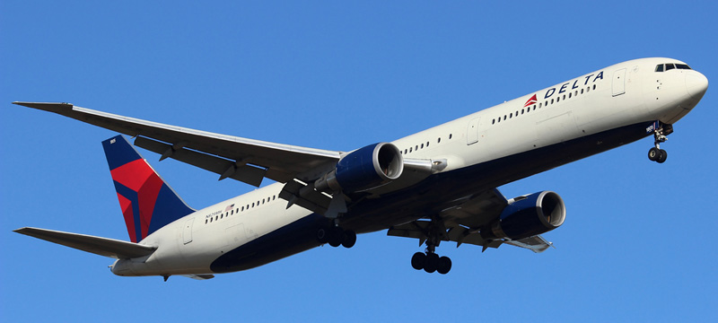 N829MH-Delta-Air-Lines-Boeing-767-400