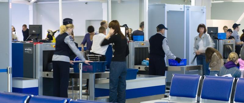 Российские авиакомпании и аэропорты повышают меры безопасности