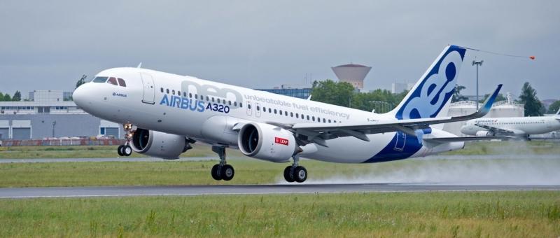 Прототип ремоторизованного Airbus A321neo повредили