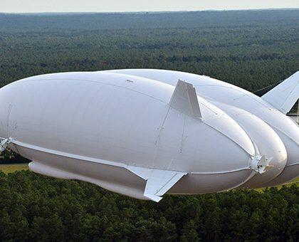 В Великобритании подняли в небо самое большое воздушное судно