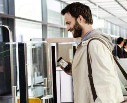 С августа 2017 года россияне смогут отказаться от бумажных посадочных на самолет