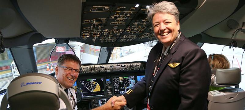 Первый беспосадочный перелет из Австралии в Великобританию
