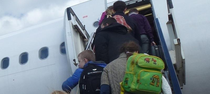 Верховный суд оставил авиапассажирам право брать на борт не только ручную кладь