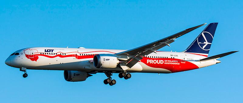 LOT Boeing 787-9 Dreamliner