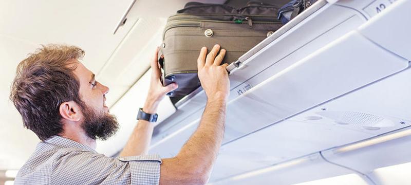 Суд встал на защиту прав авиапассажиров: размер ручной клади не сократят