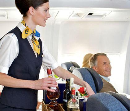 Больше половины российских авиатуристов принимают алкоголь перед полетом