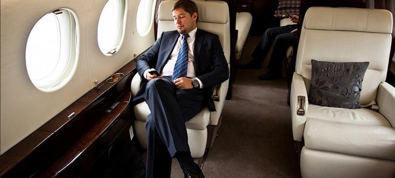 Как пассажиры эконом-класса проникают в бизнес-отсек