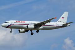 ei-dzr-rossiya-russian-airlines-airbus-a320-200_planespottersnet-jpg