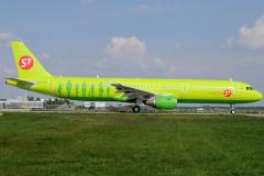 vq-bqj-s7-siberia-airlines-airbus-a321-200_1