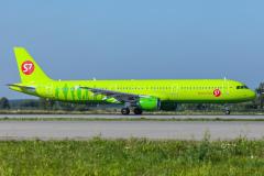 vq-bqk-s7-siberia-airlines-airbus-a321-200