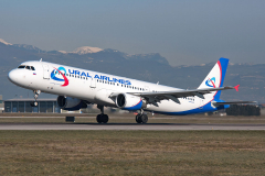 vq-bkj-ural-airlines-airbus-a321-200