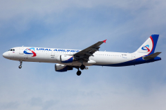 vq-bof-ural-airlines-airbus-a321-200_2