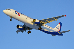 vq-boz-ural-airlines-airbus-a321-200_5