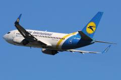 ur-gaw-ukraine-international-airlines-boeing-737-500-jpg