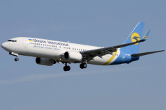ur-psa-ukraine-international-airlines-boeing-737-800_2-jpg