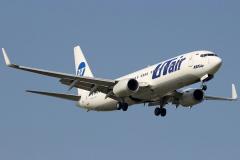 vq-bjg-utair-aviation-boeing-737-800_2