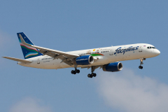 vq-bmw-yakutia-airlines-boeing-757-200_2