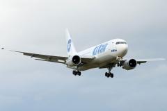 vp-bai-utair-aviation-boeing-767-200_7