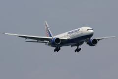 ei-unz-transaero-airlines-boeing-777-200_4