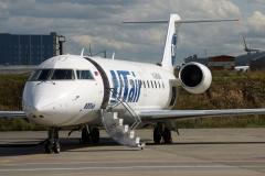 vq-bgm-utair-aviation-canadair-crj-200