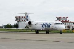 vq-bgq-utair-aviation-canadair-crj-200