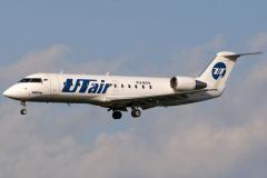 vq-bgv-utair-aviation-canadair-crj-200